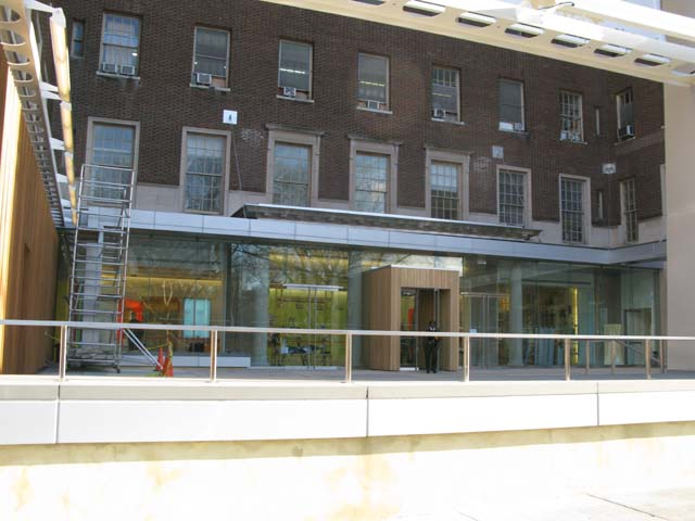 Photo of the new entrance of the Museo