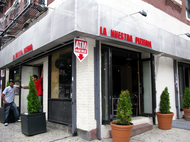 Photo of the front of La Nuestra Pizzeria