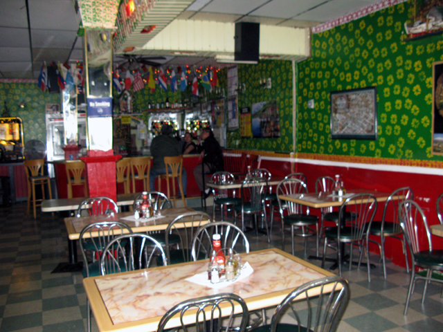 Photo of the inside of the Santa Maria Restaurant