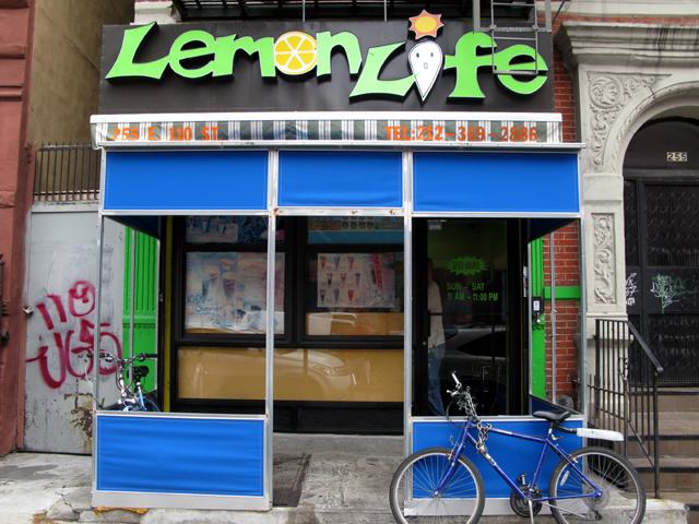 Photo of the front of Sushi Lemon Life