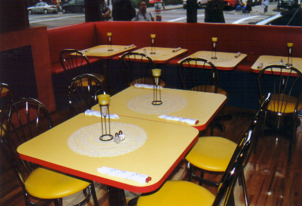 Picture of Edwin's Cafe table layout from the inside